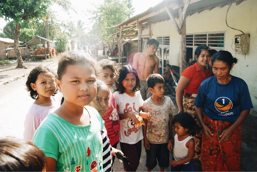local community in lombok