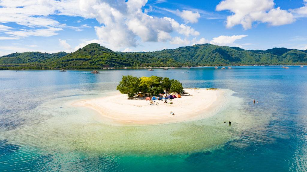 sandbar islands lombok