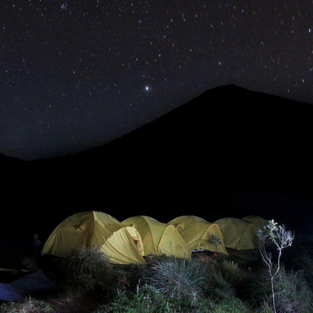 camping, hiking, trekking, rinjani, lake Segara Anak, crater rim